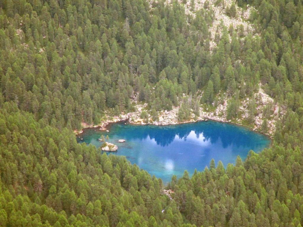 Lago_Saoseo_-_vraj_jedno_z_najkrajších_v_celých_Alpách