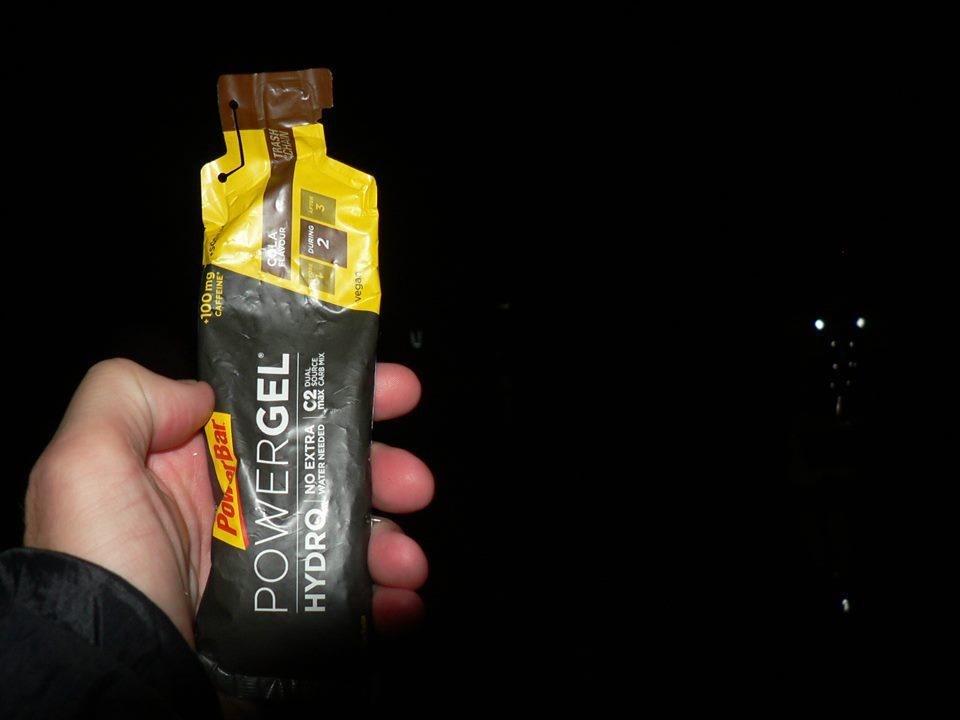 na_záver_preteku_keď_už_je_naozaj_zle_tak_potom_toto:_Hydrogel_Cola_+_100mg_kofeínu,_účinok_do_5_minút_foto:_R._Pouš