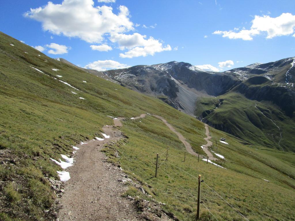 trail,_ešte_sa_blyští_novotou