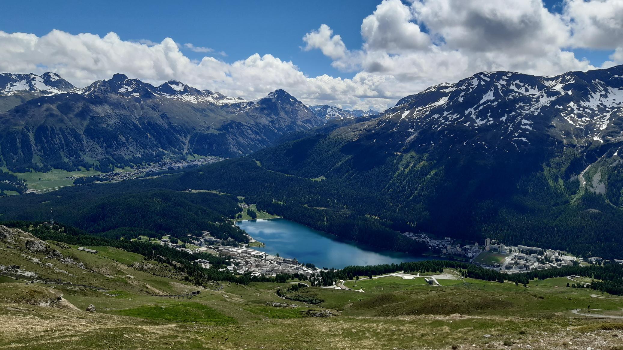 pohľad_z_Corviglie_na_St.Moritz